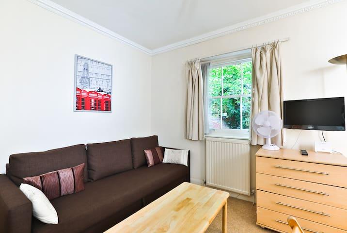 Homely studio @ Paddington/Hyde Park