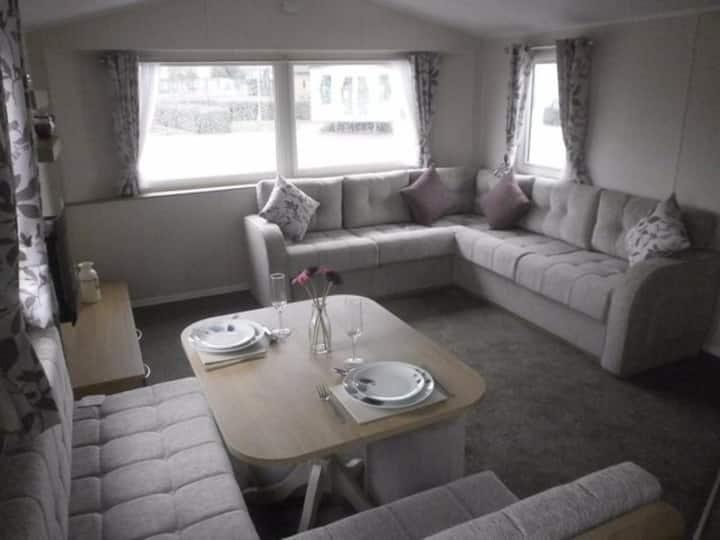 2 Bed Caravan at Rockley Park