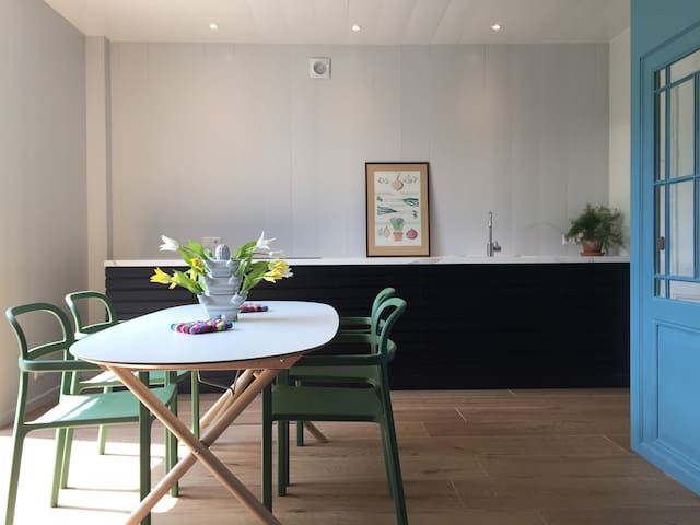 Beautiful guesthouse in Amsterdam Wetlands