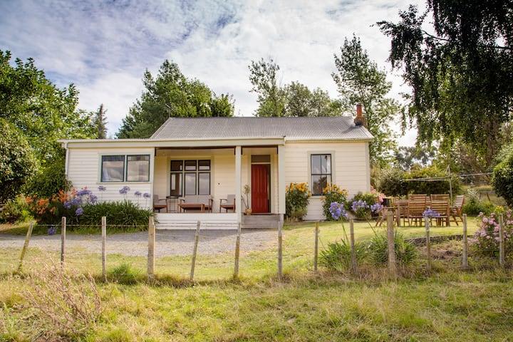 Hiwinui Farm Cottage