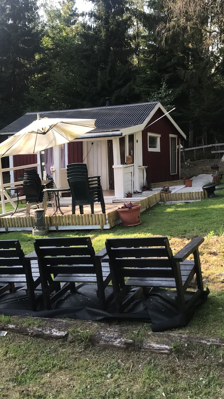 Sommarstuga i nature utanför Nässjö