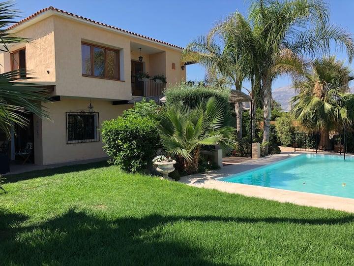 Villa tradicional en el Albir, piscina y cerca mar