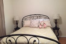 Private Bedroom; Queen size bed front view