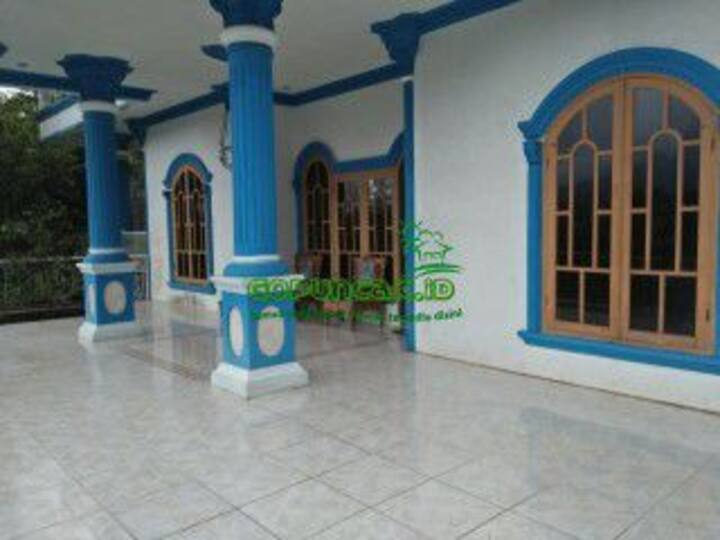 Villa Gopuncak Kartika - 7 Kamar Murah