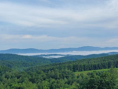 Overlook Mountain Retreat