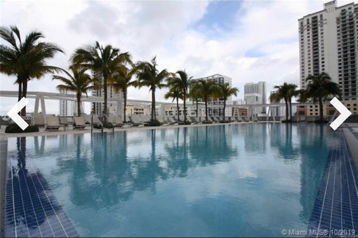 Miami Downtown/Brickell 1BR Luxory apartment!!❤️