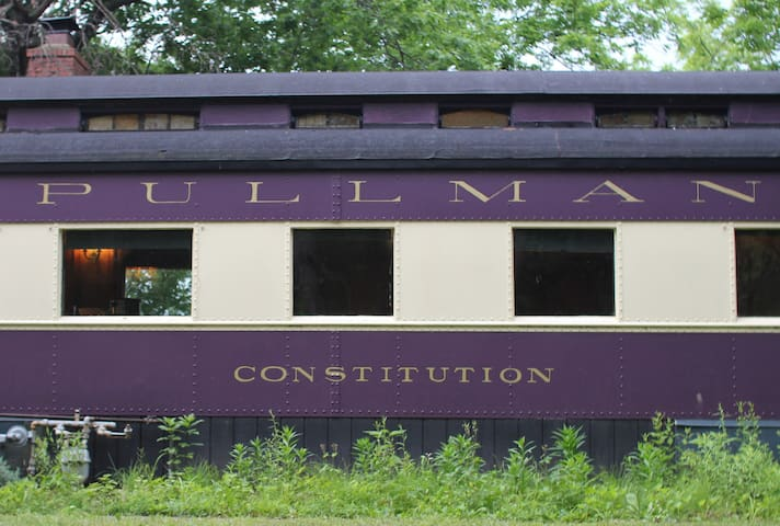 "The Pullman Train Car ""Constitution"" - Plano - Tog"
