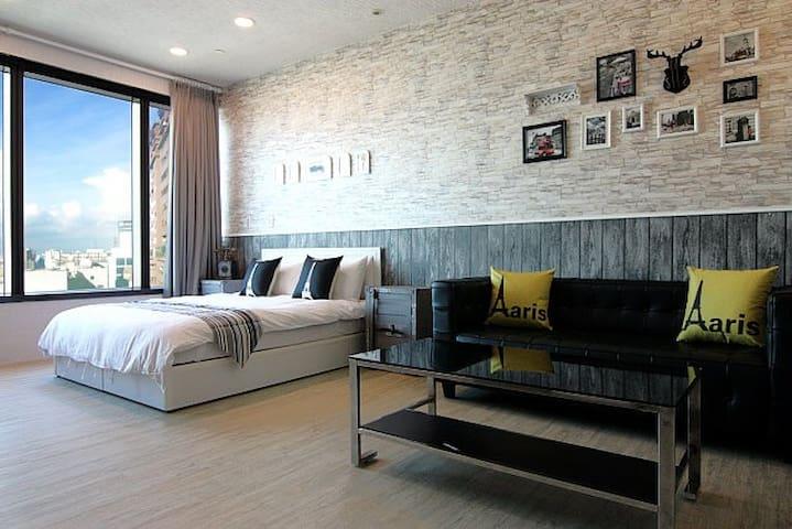 ◆高雄85大樓◆街景景觀冰島風格套房