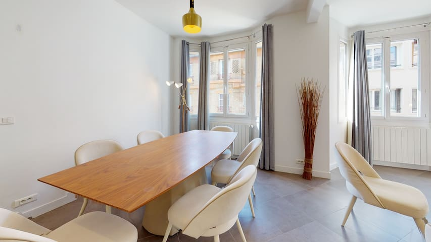 Amazing and Cosy 2BR apt in the heart of Paris ! Newly Renovated