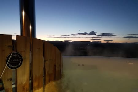 Lethnot -- Indoor pool, jacuzzi, Hot Tub stunning views of Highlands