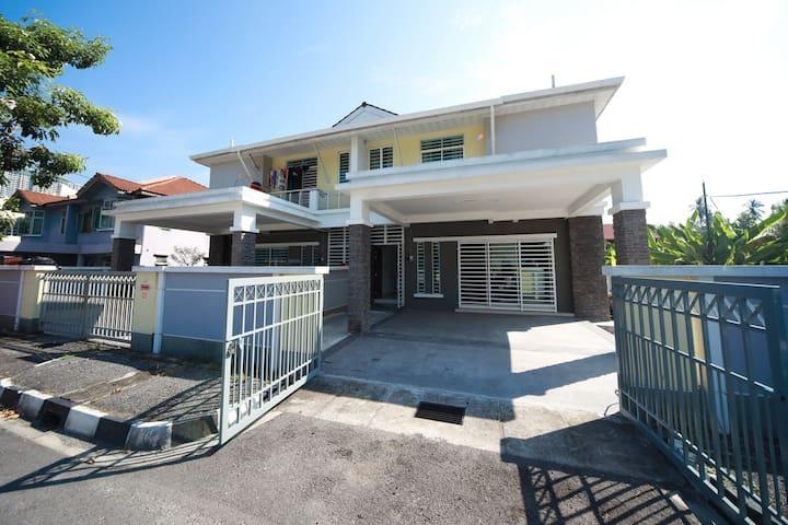 Bayan Home (5A)