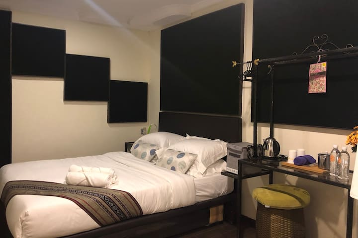 Comfortable Room @ Luyang - Quaint Hostel Concept