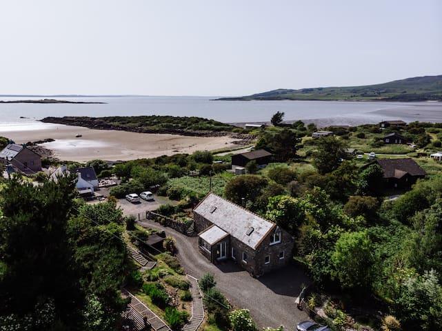 A Luxury Coastal Cottage in S-W Scotland