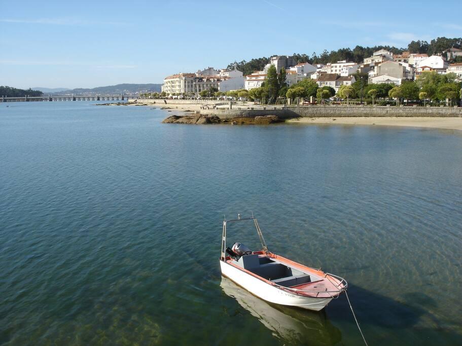 Vista del paseo marítimo desde el dique de abrigo