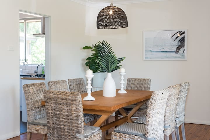 Light Filled Family Home Bondi Beach With Parking