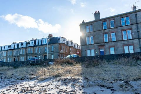 Bass Rock Beachside Flat