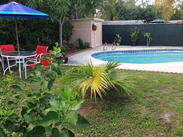 Seahorse villa with private pool - Hallandale Beach - Dom