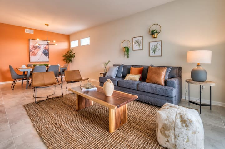 Perfect and beautiful 3 bedroom condo by Disney