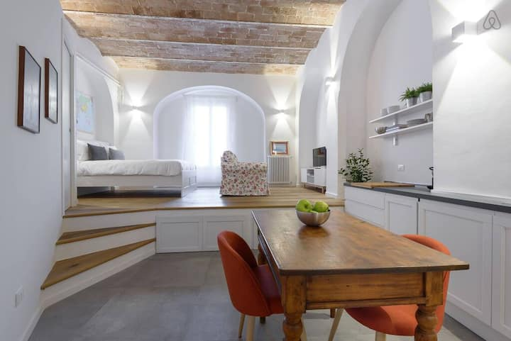 Charming open space in Trastevere FAMM Apartments