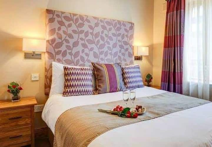 The Kingfisher 5* B&B. In the heart of Dublin city