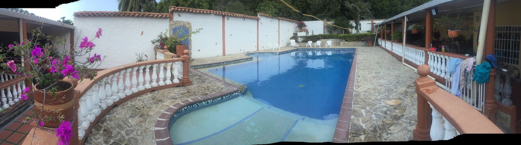 Independent pool . Deep from 1/2 meter to 1.8 meters.