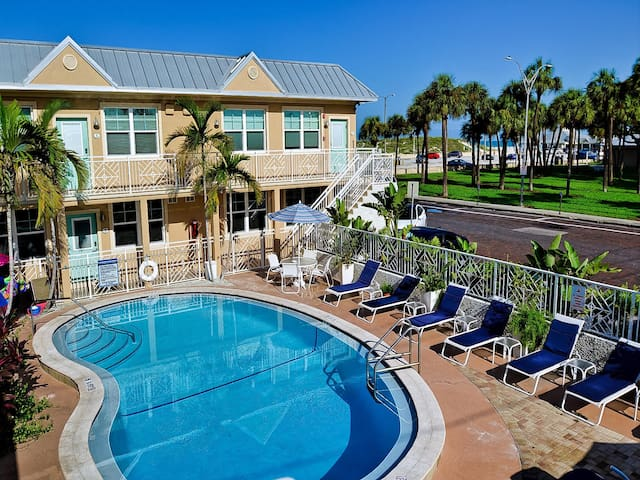 Clearwater Beach Suites 102 A hop, skip and jump to the beach! 831