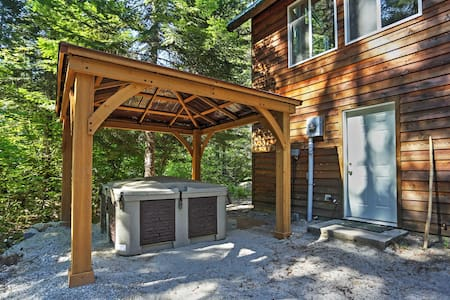 Secluded 4BR Leavenworth Cabin - Leavenworth - Chalet