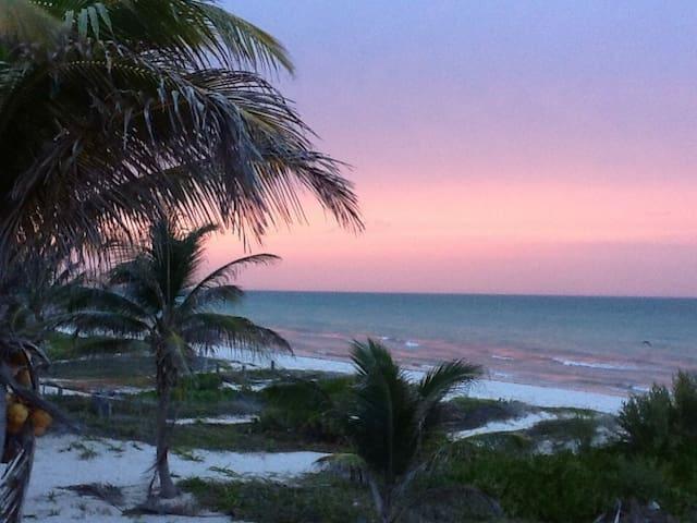 Casa con espléndida vista al mar - El Cuyo