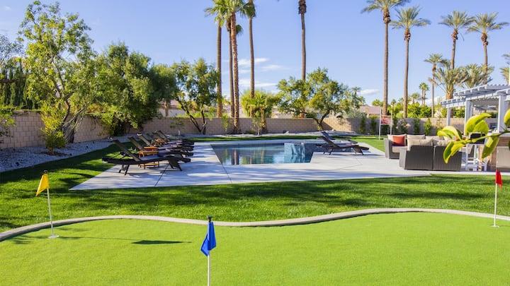 HUGE NEW! 6BD Villa - Custom Pool & Spa, BBQ, Firepit, Volleyball - Amazing Deal