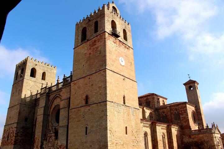 Casa Medieval con Increíbles Vistas a la Catedral! - Sigüenza - Apartamento
