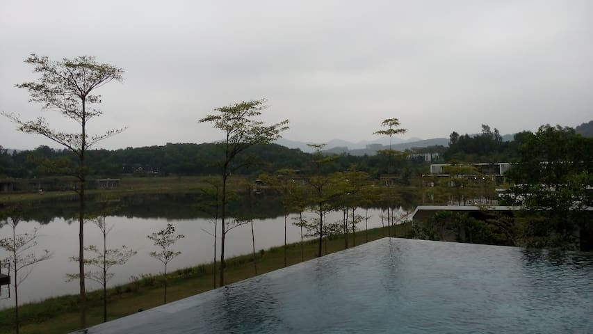 3 BR pool villa in Flamingo Dai Lai Resort(no fee) - Hanoi - Hus