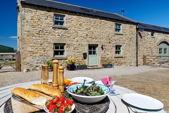 Manor Grange Cottage, near Bedale, Yorkshire Dales