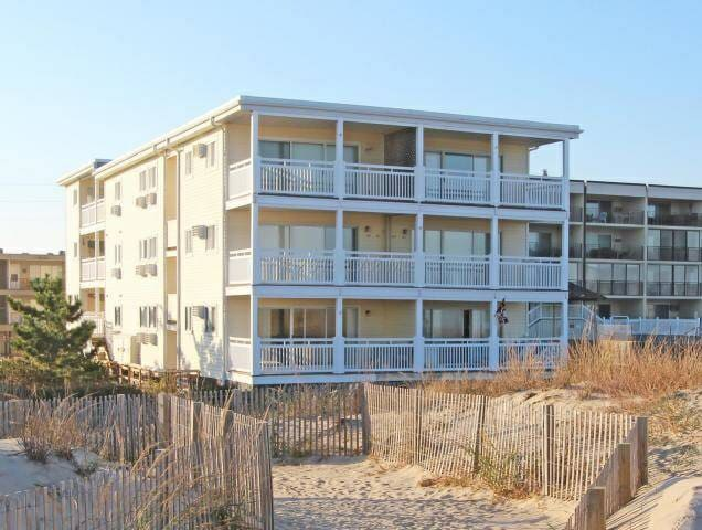 68th Street Direct Oceanfront Condo