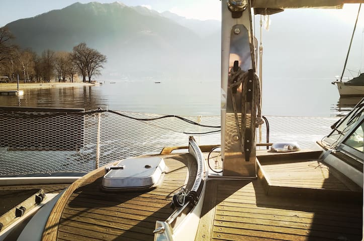 sleep on a sailboat, Tenero near Locarno, Do-Minus