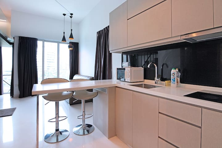 BRAND NEW Cosy Loft w 4 pools @ Clementi/WestCoast