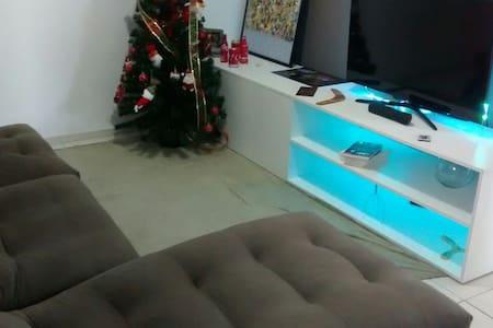 Um lugar calmo - Betim - Apartment