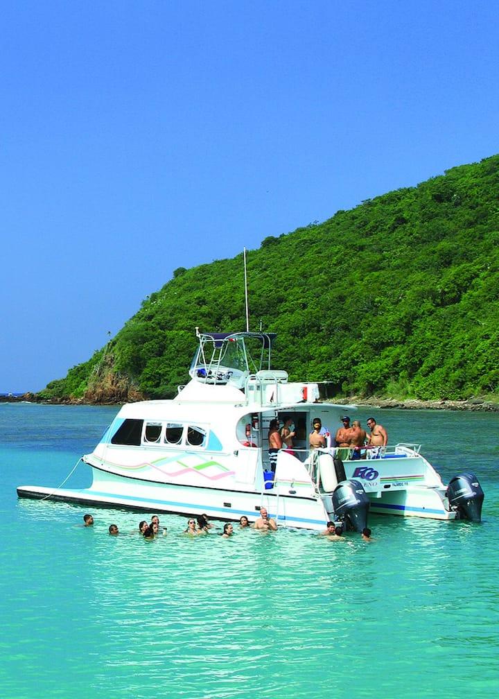 Eco Isleno power catamaran