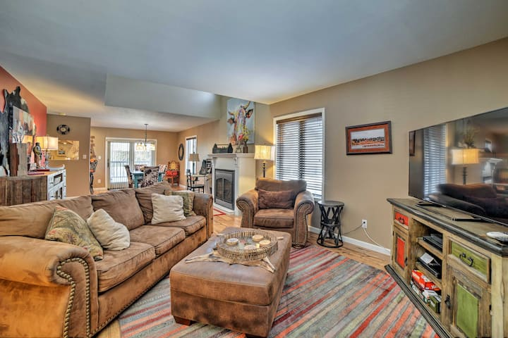 Home By Golf, Lakes - 10 Min to DT Pagosa Springs!