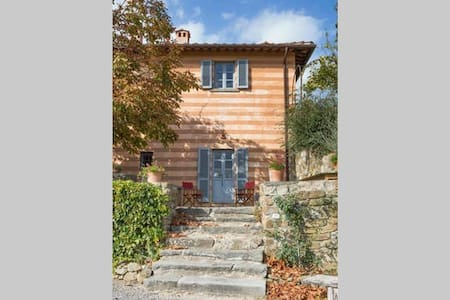 Charming Villa & pool in Chianti x 9 - Lamole - Villa - 0