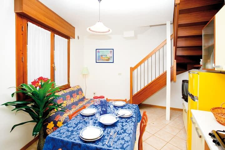 Villa Parvus trilocale con giardino a due passi dal mare