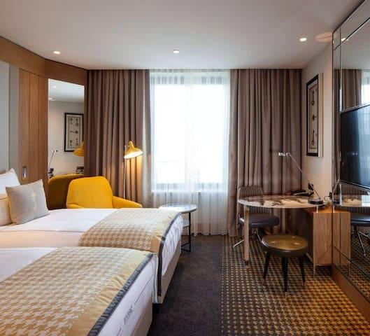 Classic Double Room - Berlin Mitte