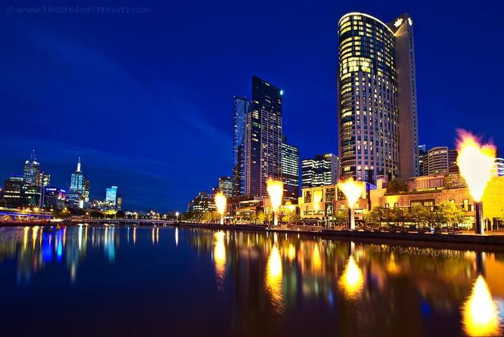 PERFECT LOCATION nxt to CROWN CASINO, MCEC, CITY