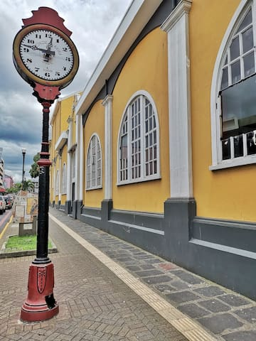 Point of interest: Clock next to the municipal theater. 10 minutes walking.