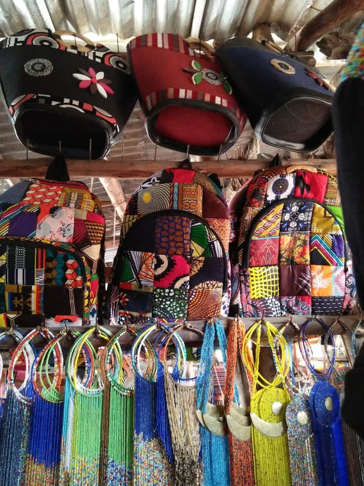 Bags and African necklaces at Kariokor