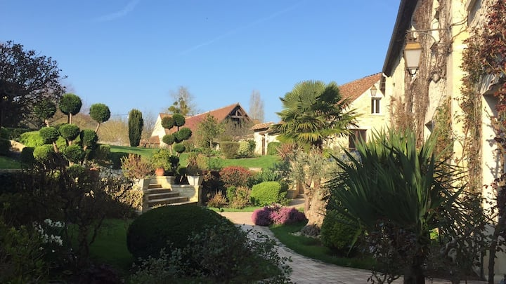Country home located 50min from Paris Eiffel Tower
