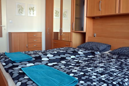 Clean and quiet, fully equipped apartment-Prague 9 - Praha