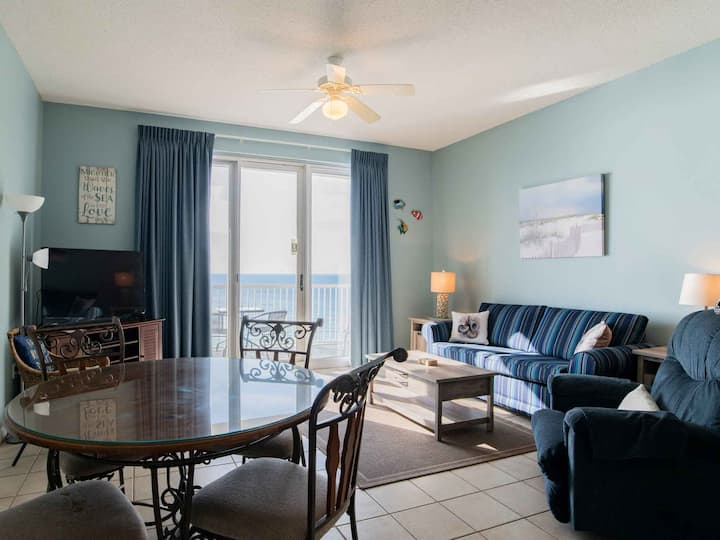 Cute Condo Overlooking the Gulf ~ Directly on Beach ~ Private Balcony