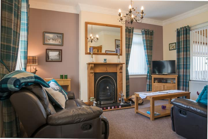 Pippin - Peaceful Scottish Cottages & Hot Tub