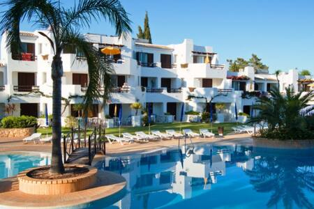 T1 set in Balaia Golf Village Resort 4 stars - Albufeira