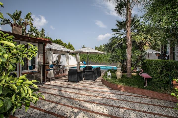Villa a Mondello piscina privata ad uso esclusivo